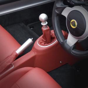 10520_Exige-S-Roadster-6-Speed-transmission-400x400px_400x400